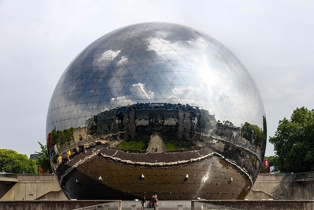 La geode Cité des Sciences et de l'industrie
